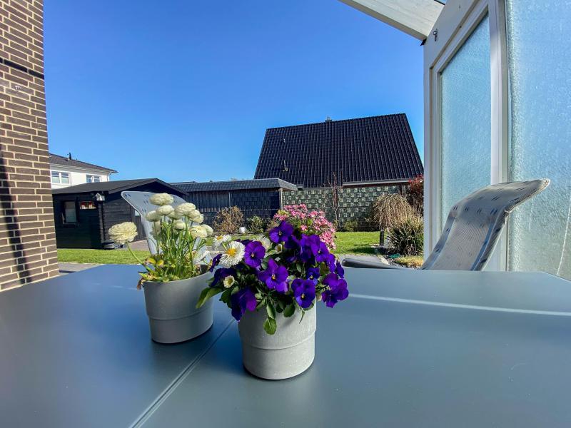 Aussenansichten: Terrasse